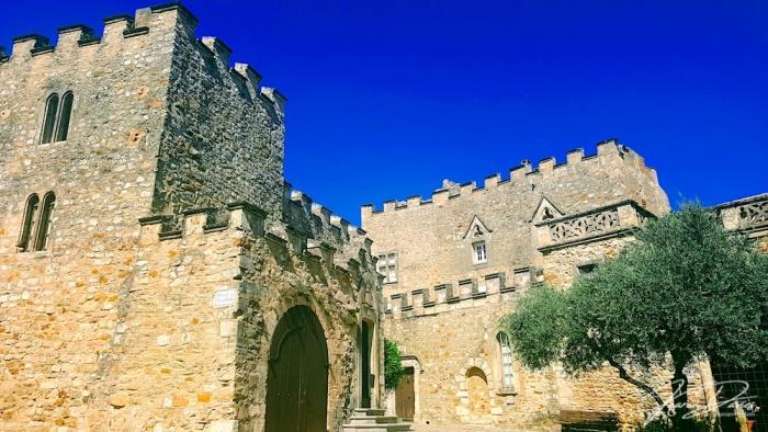 Aigueze castle, Les Plus Beaux France