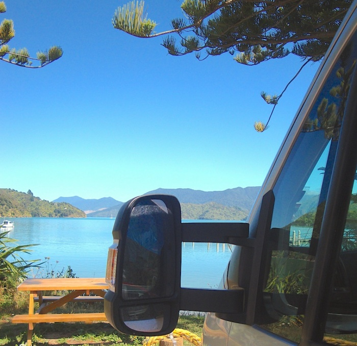 Queen Charlotte Drive, New Zealand