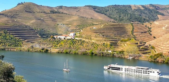 Douro river cruising,Portugal
