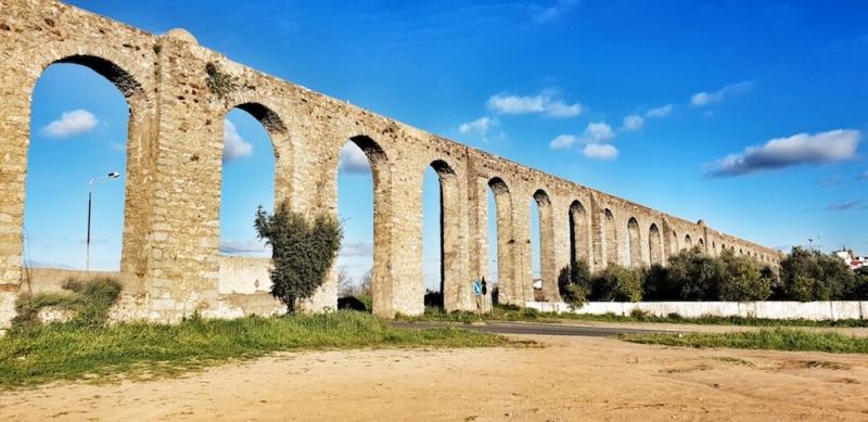 Évora's Roman aquaduct, Portugal