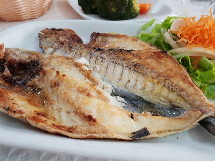 Silves Casa Velha restaurant fish, Portugal