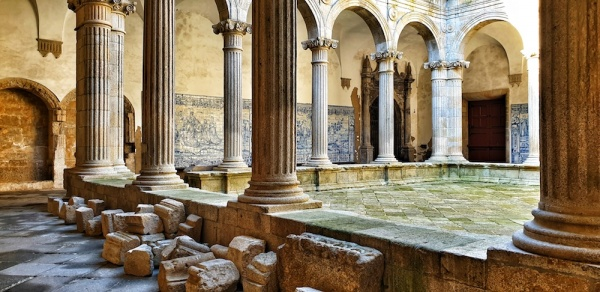 Viseu cathedral interior, Portugal
