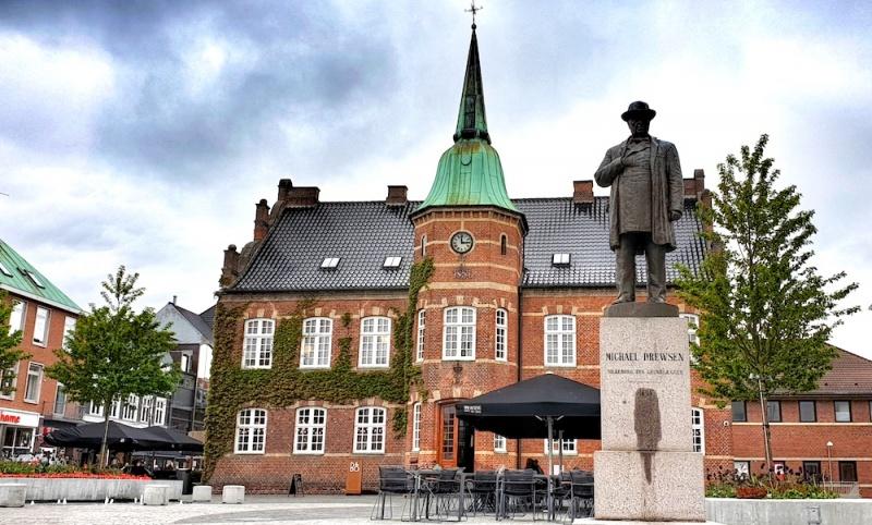 Drewsen statue - founder of Silkeborg, Silkeborg, Denmark