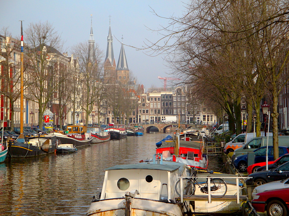 Amsterdam boatline