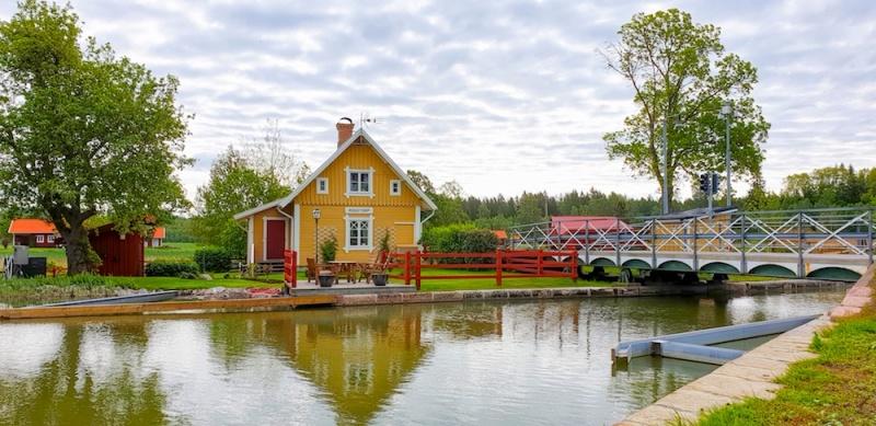Gota Canal lock house, Gota canal, Sweden