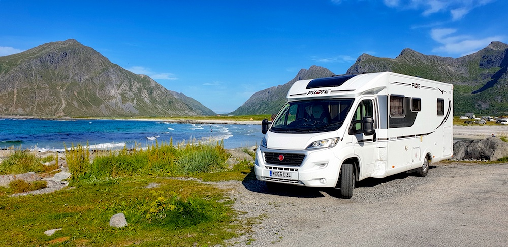 Scoobie Flakstad beach rest area lofoten, Norway