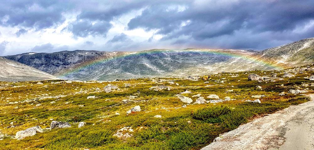 Gamle Strynefjellvagen rainbow