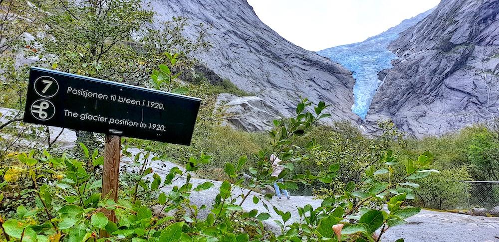 Glacier Jostaldalen NP
